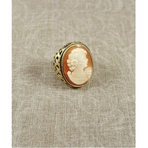 Amedeo Cameo Ring